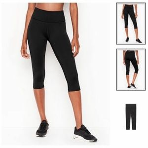 Victoria Secret Knockout High Rise Crop Leggings